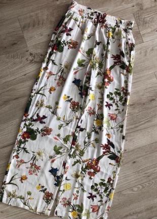 Стильные летние брюки кюлоты цветочный принт тренд сезона! суп...