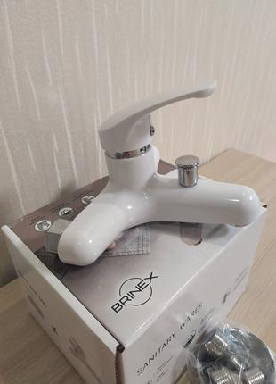 Пластиковый смеситель для ванны и душа SW Brinex 36W 006 белый По