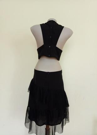 Стильное платье открытая спина
