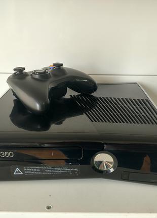 Игровая приставка Xbox 360 Slim, LT 3.0, комплект, игры в подарок