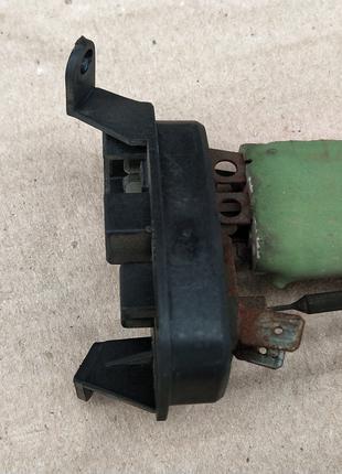 резистор сопротивление моторчика печки Renaut Premium, Midliner,