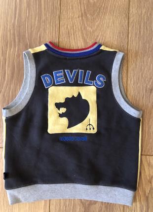 Фирменная одежда для мальчика б/у