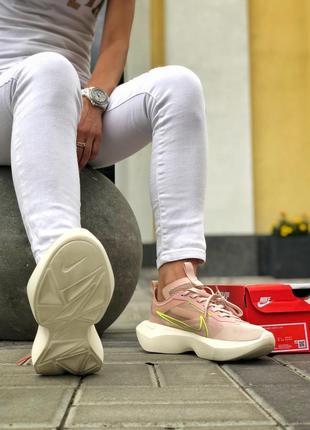 Шикарные женские розовые кроссовки nike vista lite