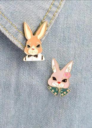 Набор пинов / значков / броши кролики
