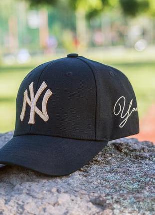 Кепка бейсболка new york yankees black gold