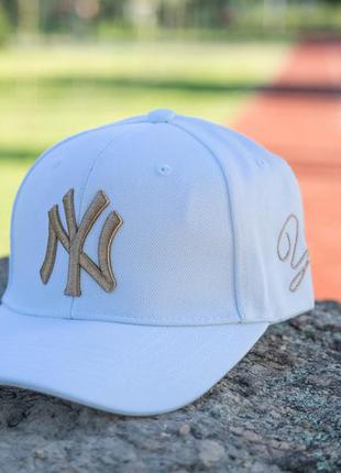Кепка бейсболка new york yankees white gold