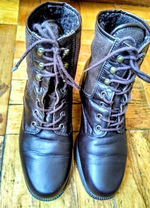 Женские кожаные зимние ботинки talisa