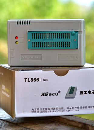 Программатор Xgecu TL866 II Plus (Minipro TL866II Plus)