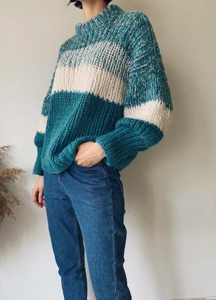 Шерстяной свитер ручной работы