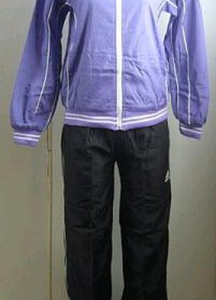 Стильный спортивный костюм из плащевочной ткани на подкладке