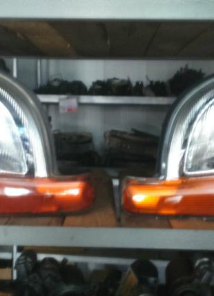 Фара передняя левая Рено Кенго 1 Renault Kangoo I 7700308024