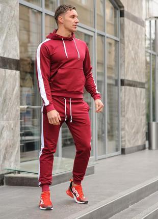 Бордовый мужской спортивный костюм с белыми лампасами