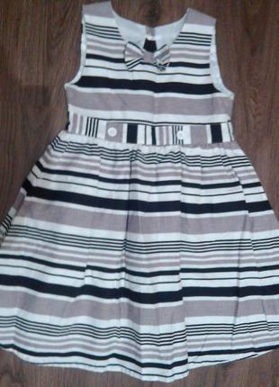 Шикарное льняное платье mothercare на 7-8 лет. состояние отличное
