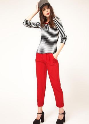 Стильные укороченные красные джинсы, 7/8 hart street made in oman