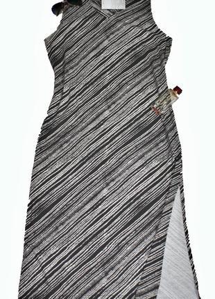 Эффектное платье в пол с полосатым принтом  jean marie
