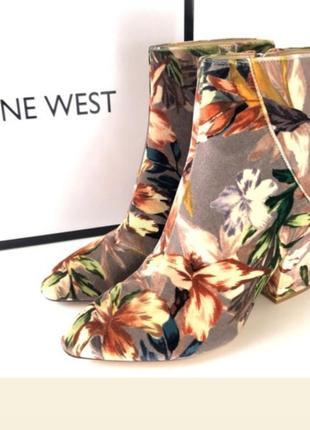 Ботинки цветочный принт ботильоны казаки