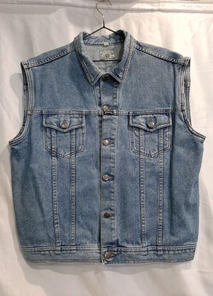 Джинсовая жилетка джинсовка безрукавка винтаж