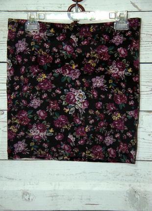 Трикотажная мини  юбка в цветочный принт