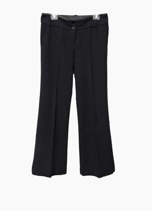 Темно-серые брюки в полоску, клеш