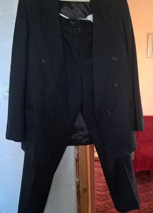 Мужской классический костюм, размер 52-54 укр.