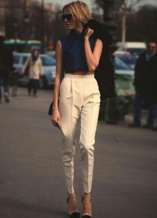 Harmont/стильные штаны/брюки-чинос молочного цвета