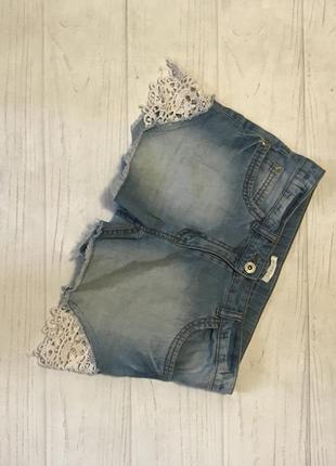 Шорты джинсовые модные кружево