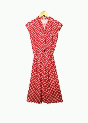 Красное платье миди с галстуком в стиле 60-х .