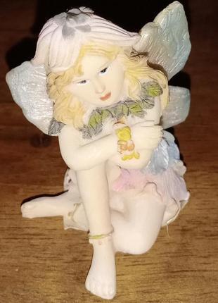 Cтатуэтка девочка-ангел