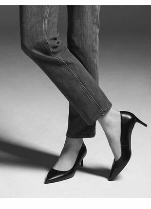 Классические черные кожаные туфли лодочки на маленьком каблучке
