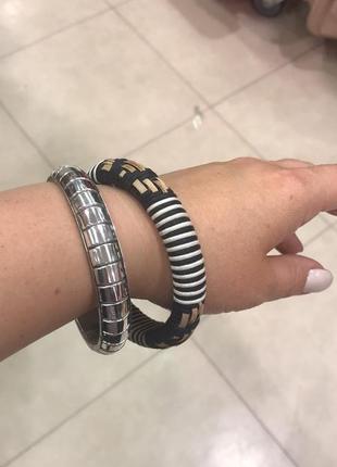Комплект браслетов в индийском стиле