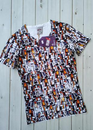 Мужская стильная удлиненная трикотажная футболка приталенного ...