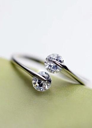 Интересное оригинальное кольцо колечко каблучка с кубическими ...