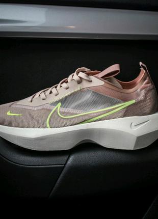 Женские кроссовки Nike Vista