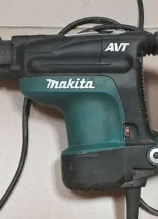 Перфоратор Makita HR4011C