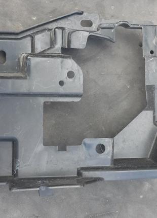 Mazda CX-9 Кронштейн противотуманной фары TN39-51-684