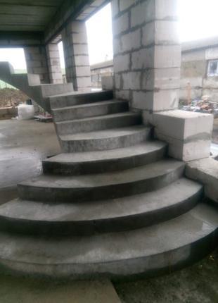 БЕТОННАЯ ЛЕСТНИЦА • Монолитная Лестница из Бетона • Киев и Област
