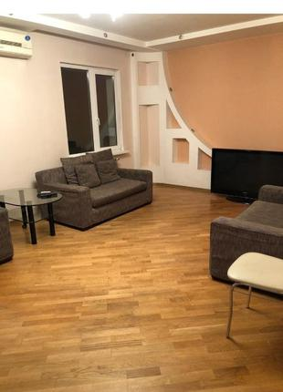 Предлагается 3-х комнатная квартира на Харьковском шоссе 56