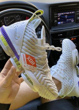 Мужские белые кроссовки nike lebrone 15 white