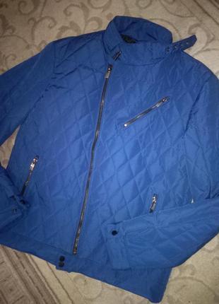 Новая демисезонная куртка reserved. новая