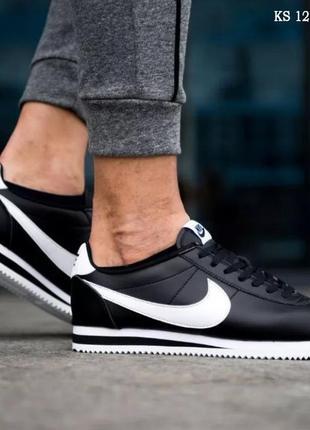 Мужские кроссовки nike cortez (черно/белые)