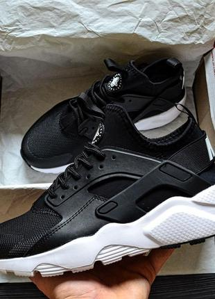 Мужские кроссовки nike huarache (черно/белые)