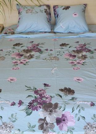 Комплект постельного белья цветы на голубом. сатин