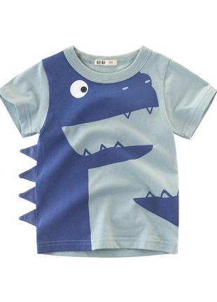 Футболка для мальчика, голубая. динозавр с шипами.