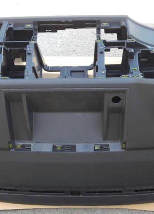 Volkswagen Transporter  Панель *торпедо* 7E1857003DH82V