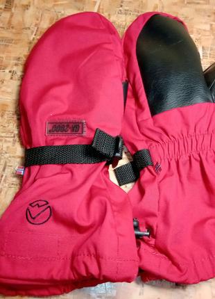 Продам оригинальные фирменные новые горные рукавицы stormberg,р.S