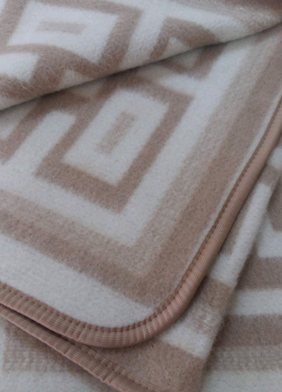 Одеяло жаккардовое