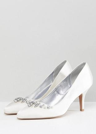 Свадебные туфли от qupid