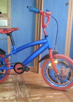 Велосипед детский полностью новый человек паук