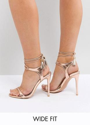 Босоножки lost ink wide fit rose gold tie up heeled sandals