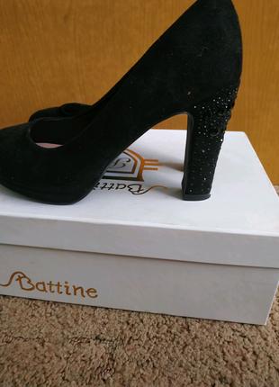 Туфли замшевые на каблуке 10 см